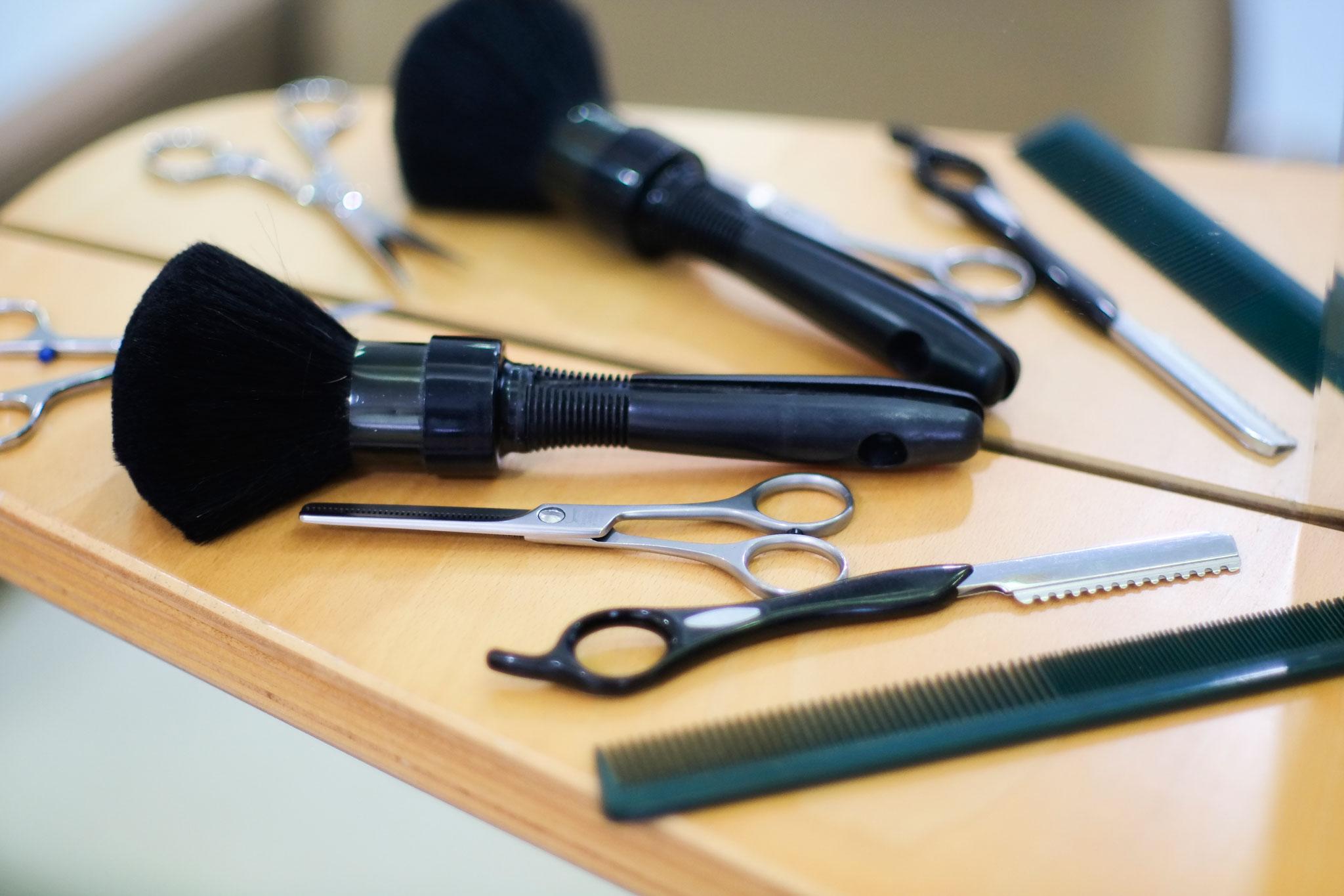 inés colomé perruqueria barberia tortosa peluquería barbería